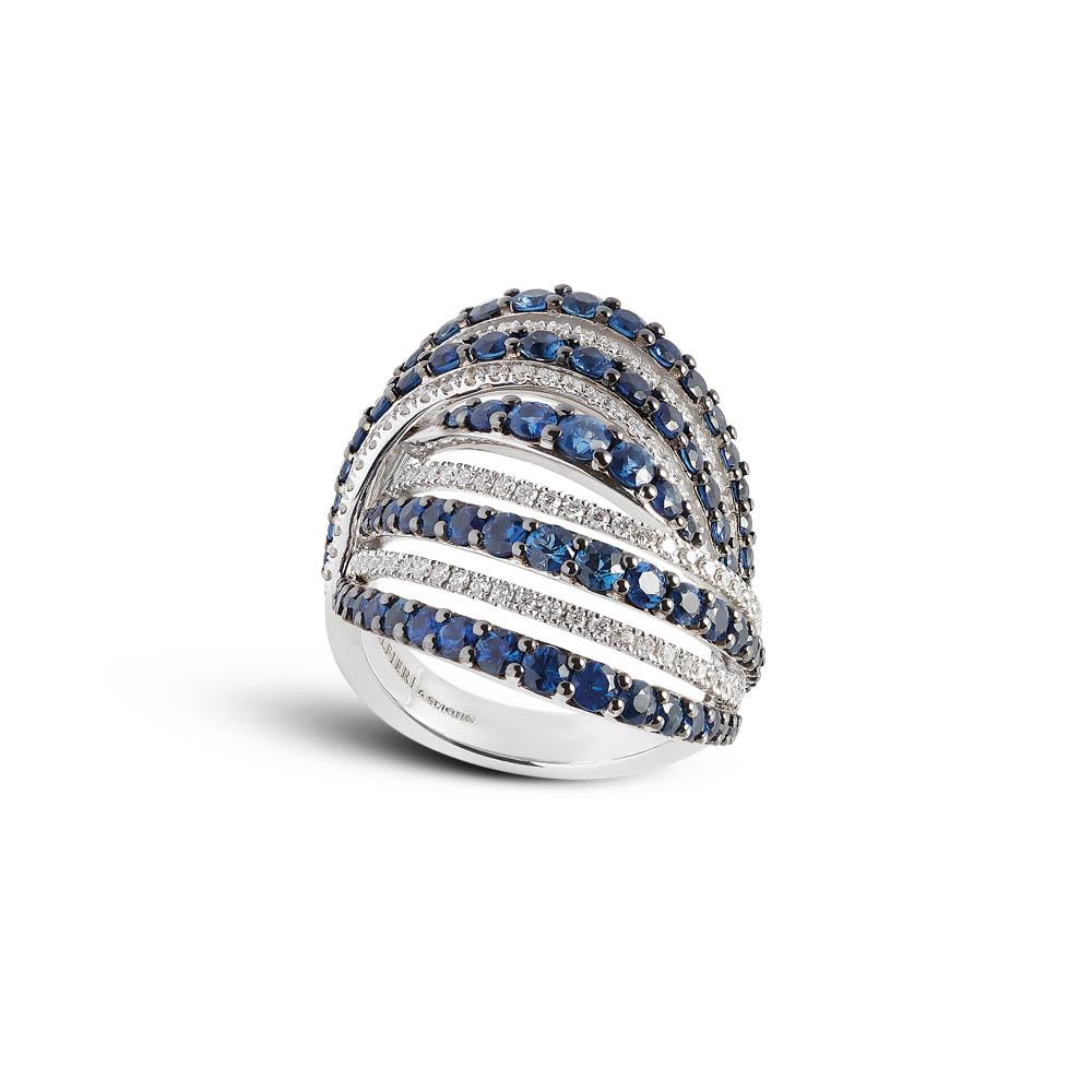 White gold ring with 0,53 ct diamonds and ct 3,08 sapphires