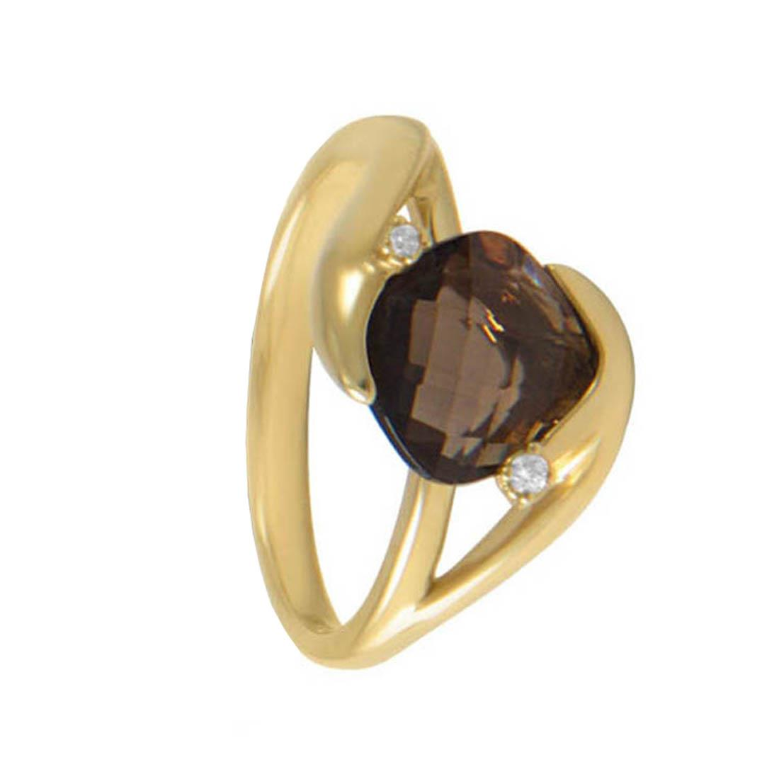 Yellow gold ring with 2.30 ct square briolette smoky quartz and 0.02 ct diamonds. 