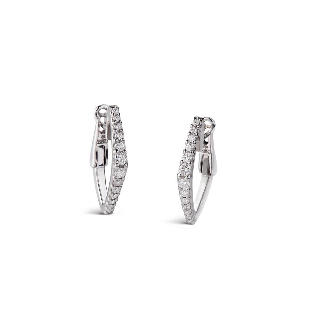 Earrings in 18 kt white gold set with 0,50 ct diamonds