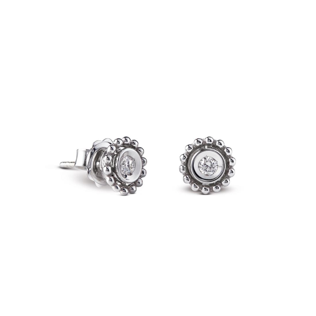 18 kt white gold studs earrings set with 0,14 ct diamonds Available in different weighing in carats.