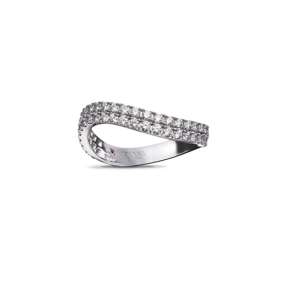 Wave shaped ring in 18 kt white gold with 0,70 ct diamonds