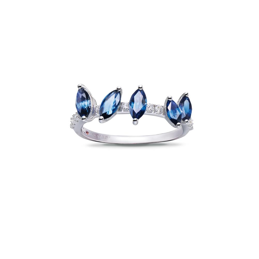 18 kt white gold ring with 1,21 ct navette cut sapphires and 0,16 ct diamonds