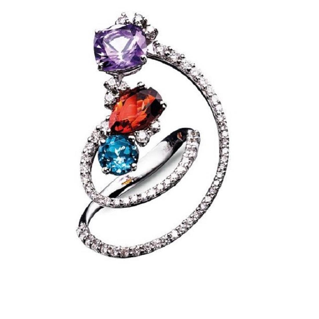 Twisting 18 kt white gold ring with round-cut london topaz, antique-cut amethyst, drop-cut madera quartz and 1,13 ct diamonds