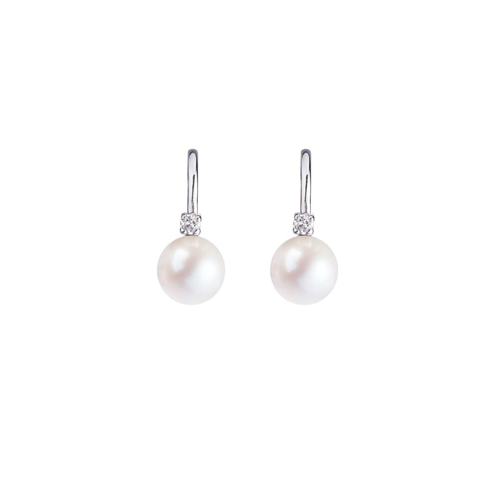 18 kt white gold earrings with freshwater pearls (7,5- 8 mm diameter) and 0,09 ct diamonds. 