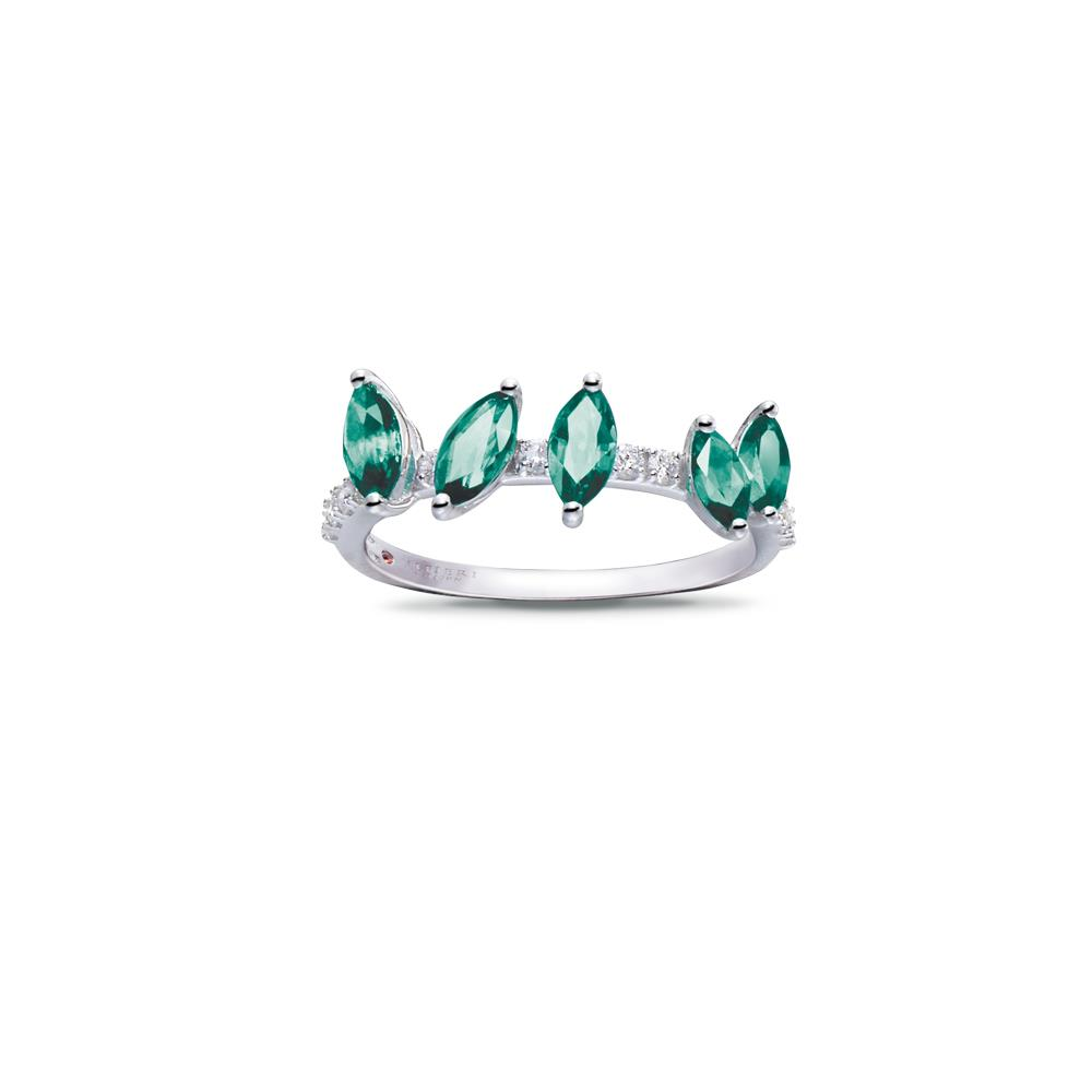 18 kt white gold ring with 0,90 navette cut emeralds and 0,17 ct diamonds