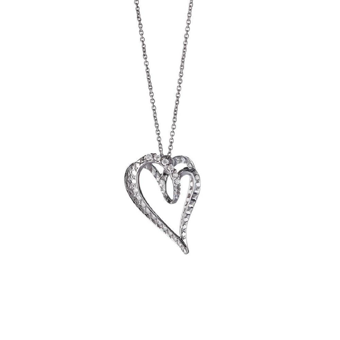 Small heart pendant in 18 kt white gold with 0,06 ct diamonds 