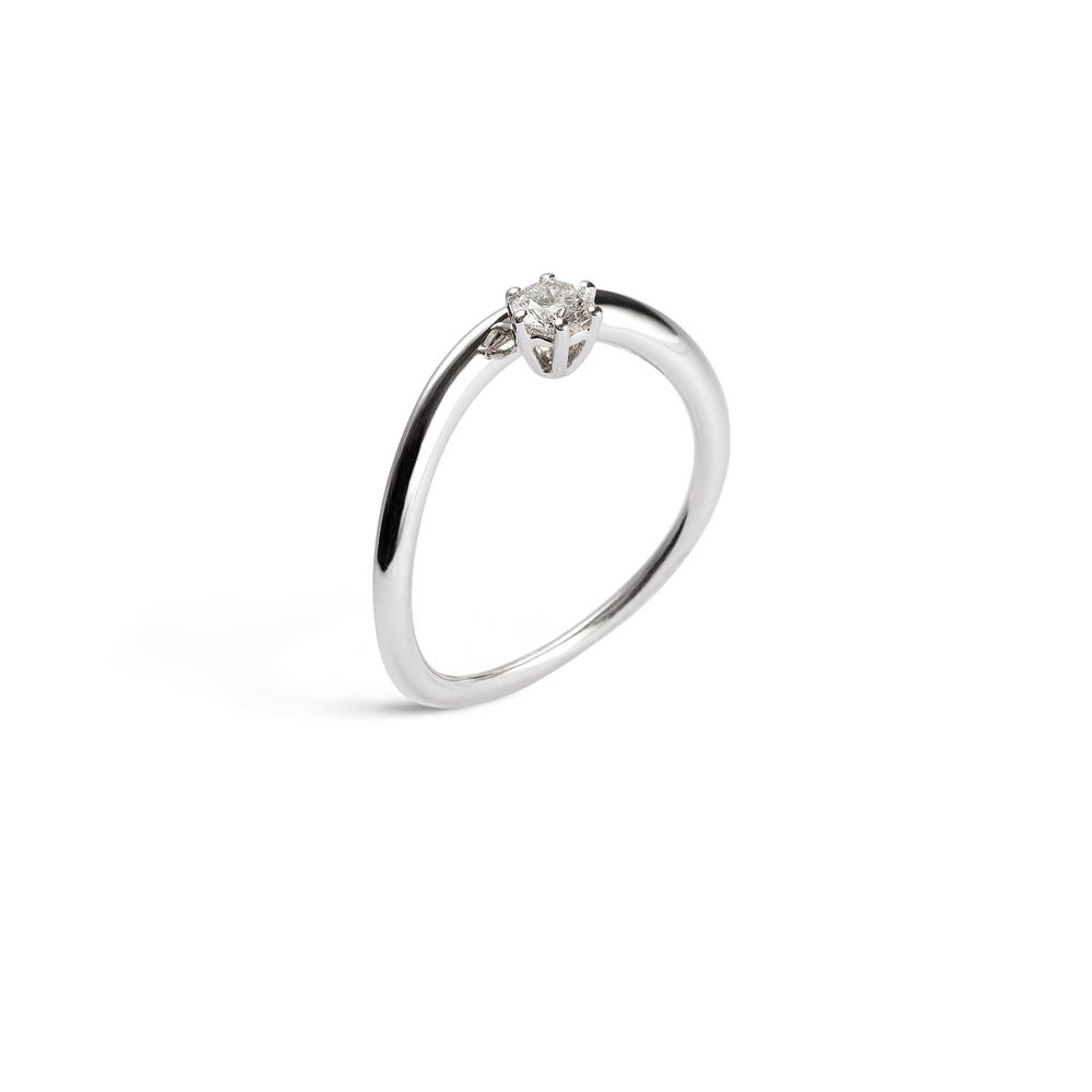 Anillo solitario en oro blanco con diamante ct 0,30 Disponible en varios quilates