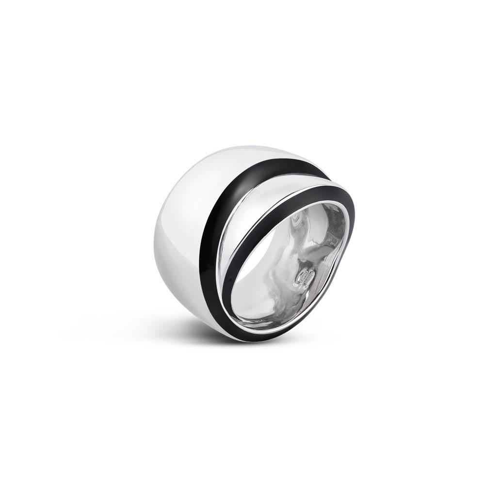Sterling silver ring with black enamel, size N