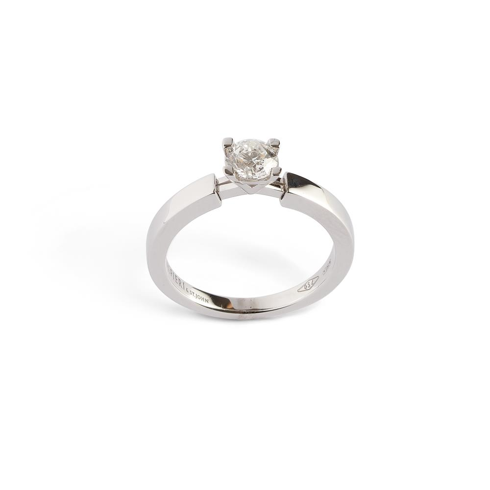 18 kt white gold ring with diamond ct 0.40, «A» detail Available in different weighing in carats