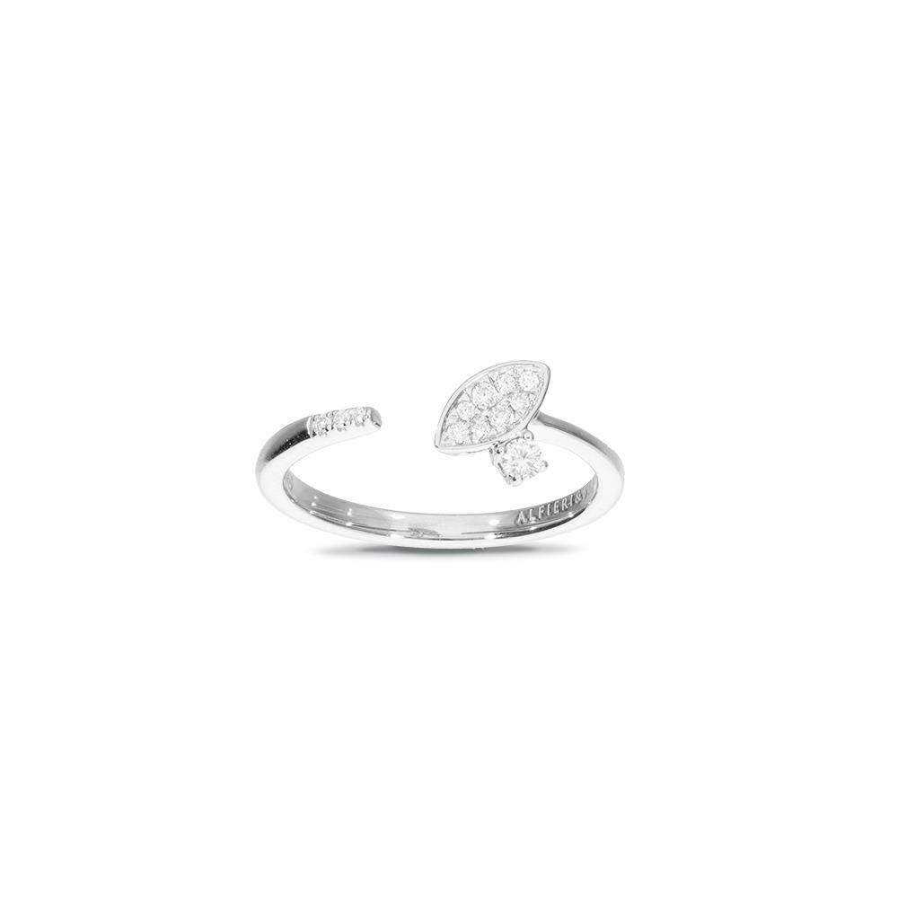 White gold ring with diamonds 0.12 ct